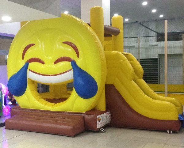 scivolo gonfibile per bambini